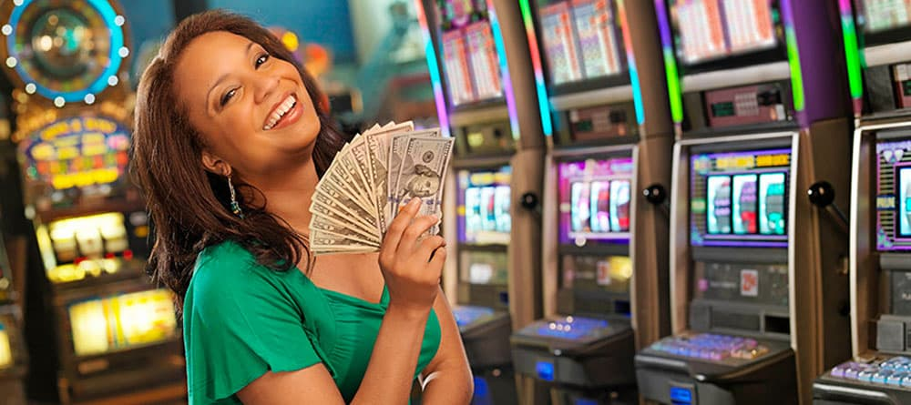 Random Payouts with Slot Games